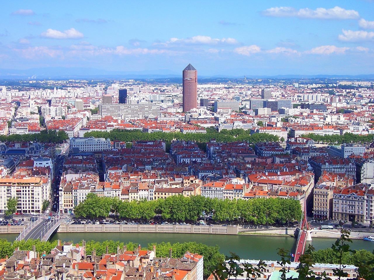 Les avantages d'un investissement locatif à Lyon